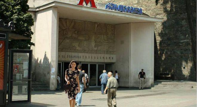 როგორი  იქნებოდა  ცნობილი  ფილმები  თბილისში  რომ  გადაეღოთ  (13  ფოტო)